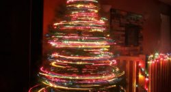 Photo Idea: Spin a Christmas Tree with Your Camera Shutter Open